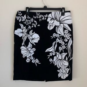WHBM Embroidered Floral Black Pencil Skirt